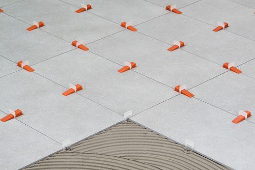 Distanziatori autolivellanti ferramenta edilizia - Distanziatori per piastrelle autolivellanti ...