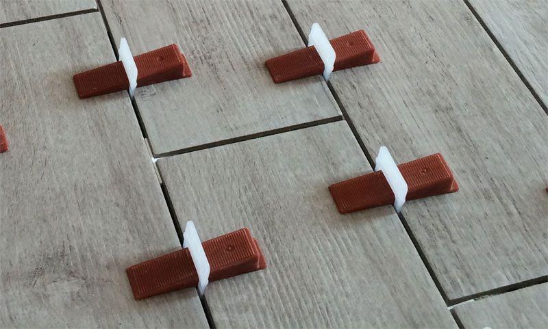 Distanziatori autolivellanti ferramenta edilizia for Distanziatori piastrelle 1 mm